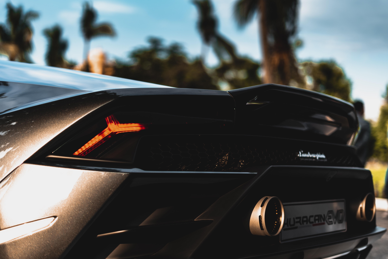 Czy wypożyczenie auta sportowego ma sens?